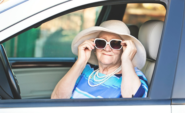 Age and Driving Safety Tips and Warning Signs for Seniors On The Road